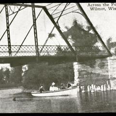 Bridge over Fox River, Wilmot, close-up