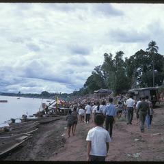Boat races : along riverbank