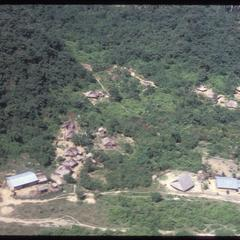 Approaching Yao village--houses