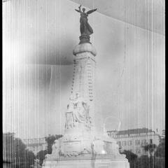 France, Nice Statue on the Jete' Promenade