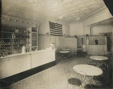 Bostwick's Confectionery, Waukesha, soda fountain