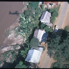 Huayxay : air views--along Mekong River