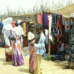 Market Scene in Baydhabo