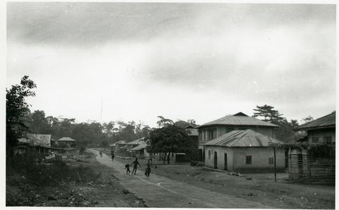 Main street of Otan-Ile