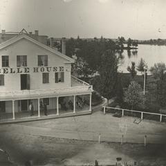 La Belle House, Oconomowoc