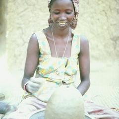 Hausa Potter at Work in Mirria