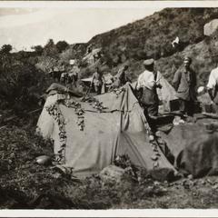 Biwak der Gefechtsbagage auf den Höhen des Susitatals