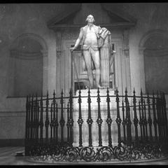 Statue of G. Washington