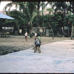 Vats : children playing