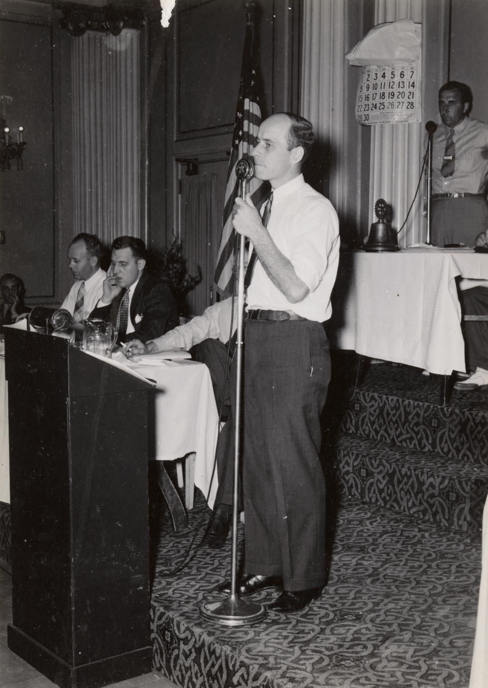 Walter Scott addressing Conservation Congress