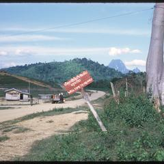 Road into Muang Kasy
