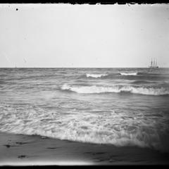 Lake Michigan - northeaster at 3 Mile Point