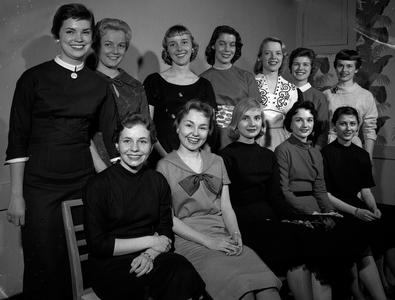 1958 Prom Queen candidates