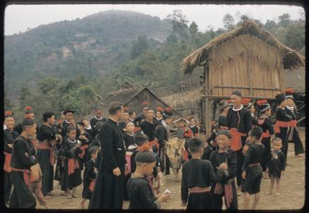 Hmong (Meos) : Kiu Katiam