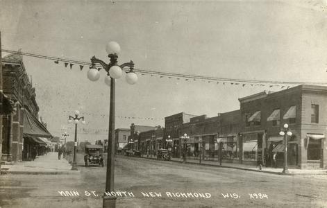 Main Street in New Richmond, facing north