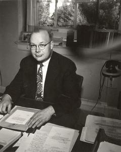 Lorentz Adolfson at desk