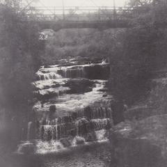 Apple River falls