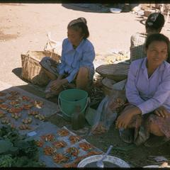 Morning Market : peppers with women sellers