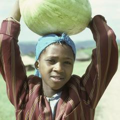 People of South Africa : woman with melon