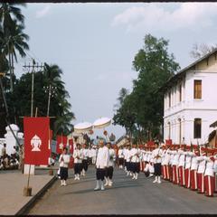 Parade to take Prabang from palace to Vat Mai