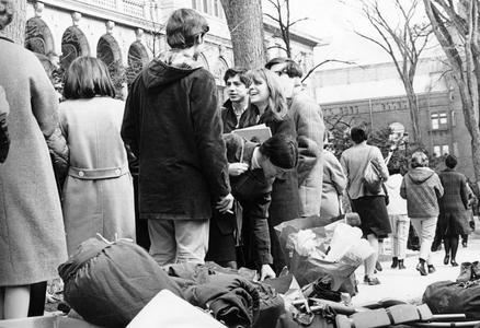 Paul Soglin with student demonstrators