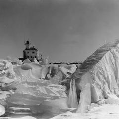 An icy picture of the South Pier Lighthouse