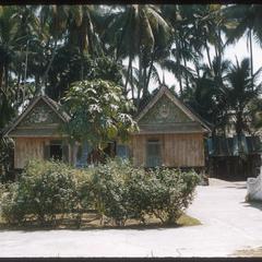 Vat Nong--courtyard