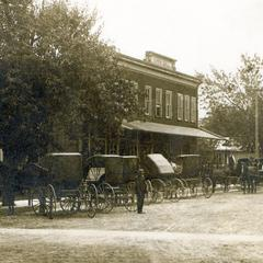 Louis L. Noll store on Second Street, photo 2