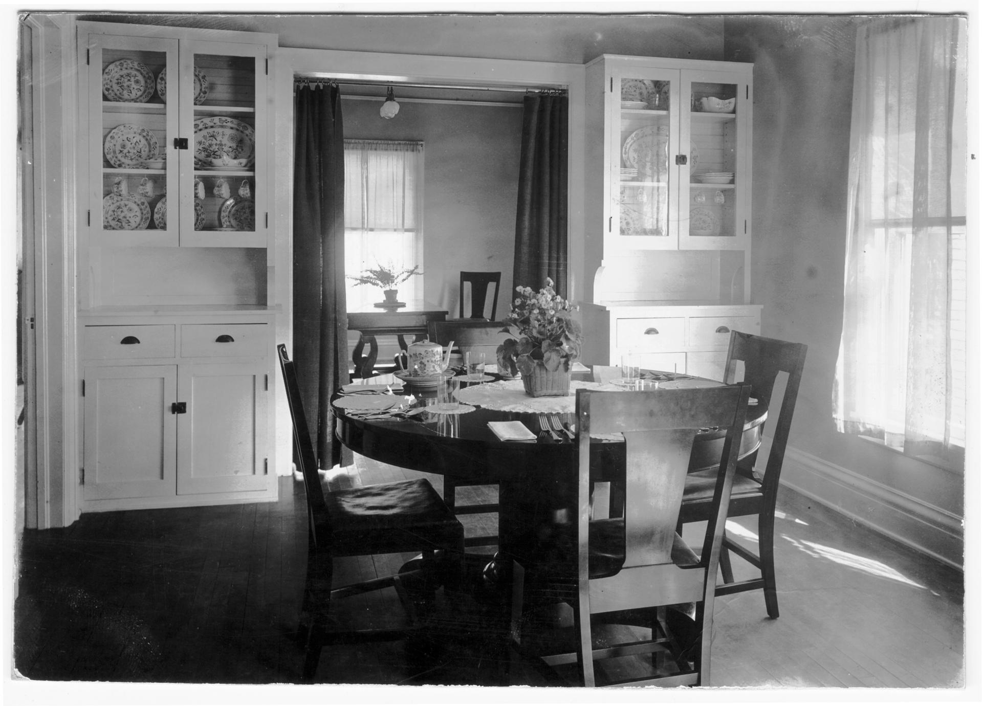 Dining room of Practice Cottage